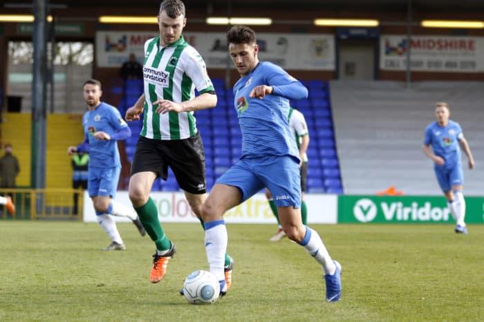 Elliot Osborne on the ball during Stockport County vs Blyth